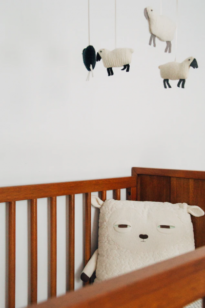 baby crib saving money